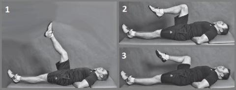 Одно из упражнений, доступных начиная со 2-го дня после перелома лодыжки