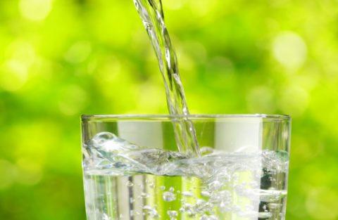 Соблюдение питьевого режима поможет качественному возобновлению архитектоники кости