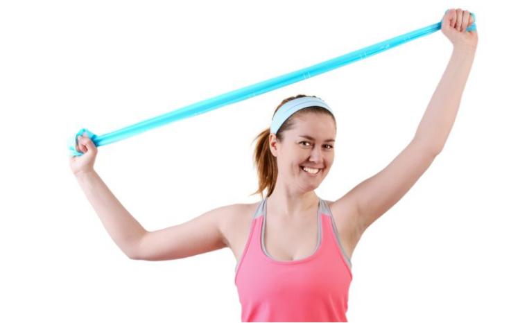 В середине второго периода лечения можно делать упражнения с эластичной лентой