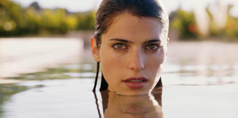 Посидите 10 минут в речке или озере, если вода еще недостаточно