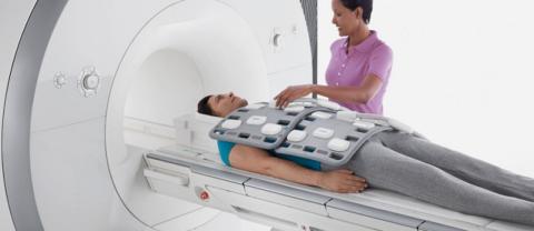 Диагноз подтверждается с помощью рентгена или спиральной компьютерной томографии